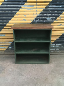 Green shelves 4